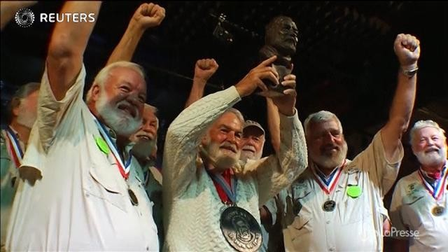 Usa: la gara dei sosia di Ernest Hemingway