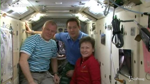 Gli astronauti Oleg Novitskiy e Thomas Pesquet tornano sulla Terra