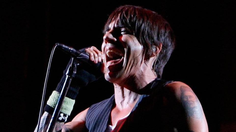 Usa, malore per il frontman dei Red Hot Chili Peppers