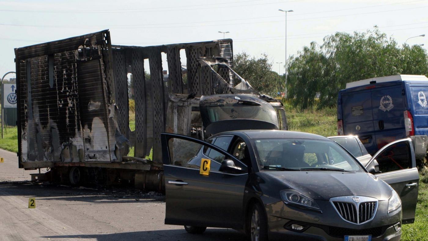 Cesena, assalto a un portavalori sulla A14: chiusa autostrada