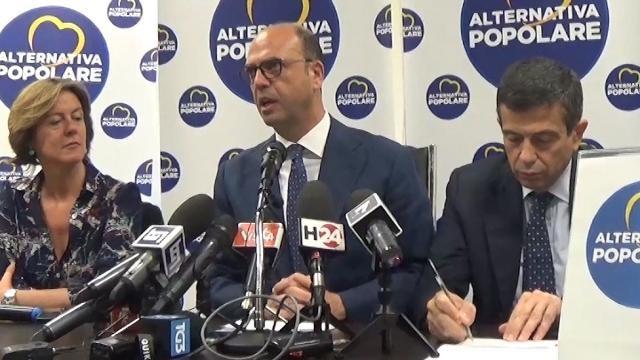 """Legge elettorale, Alfano: """"Abbiamo vinto noi"""""""