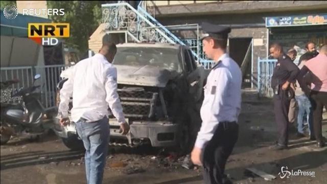 Iraq: kamikaze si fa esplodere in un mercato, almeno 31 morti