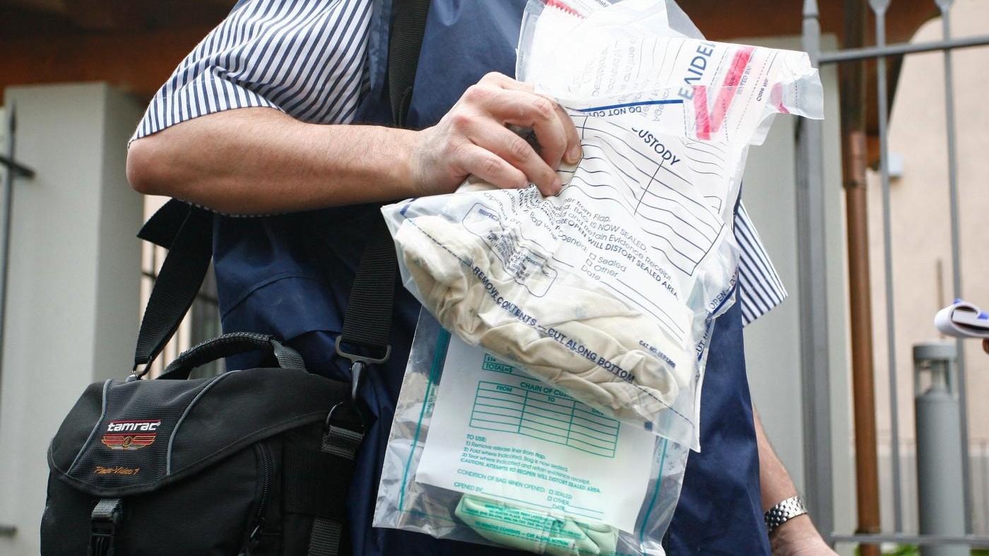 Trovata impiccata 22enne scomparsa: morto anche il figlio