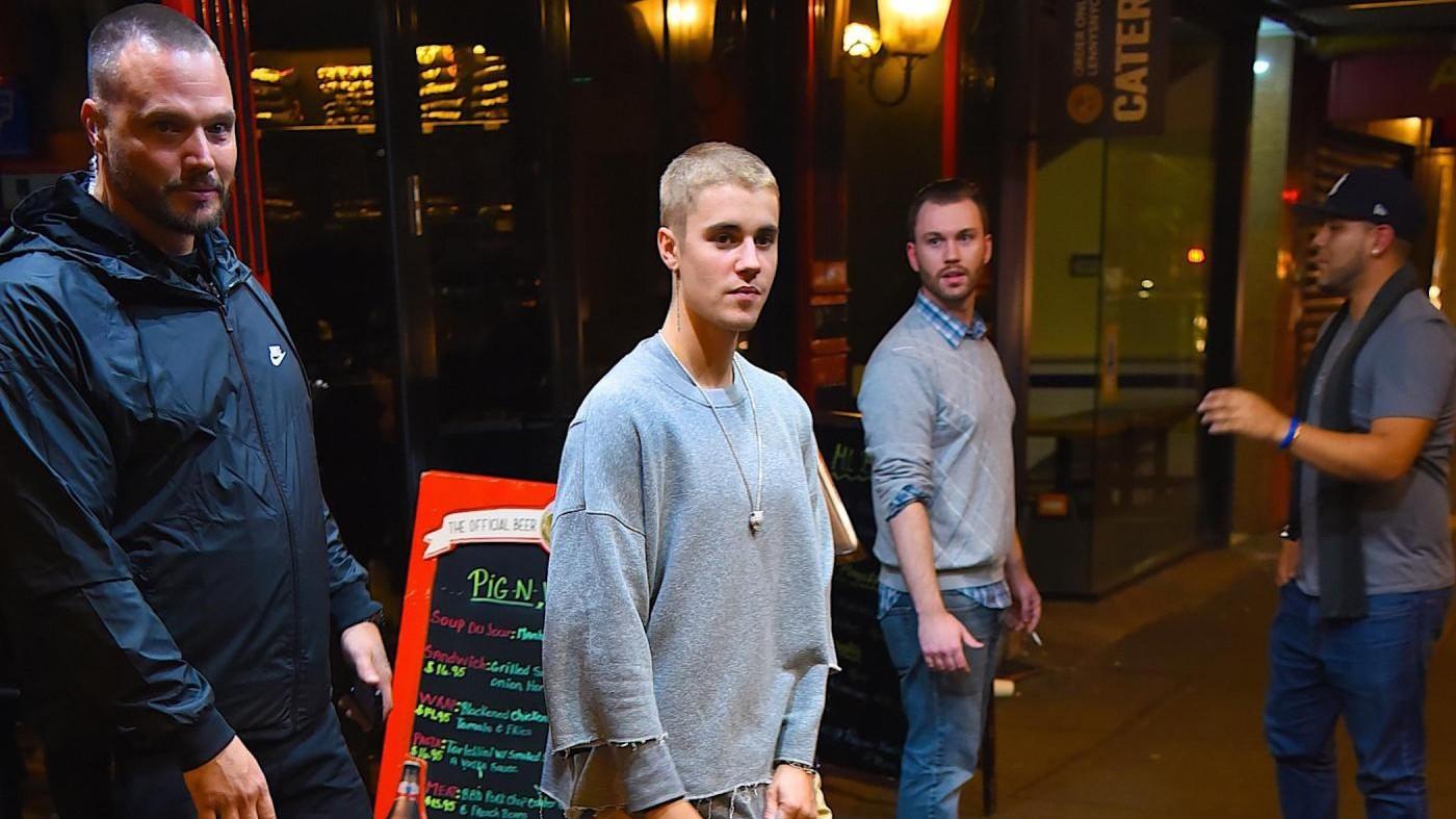 Argentina, niente concerto per Bieber: fan protestano