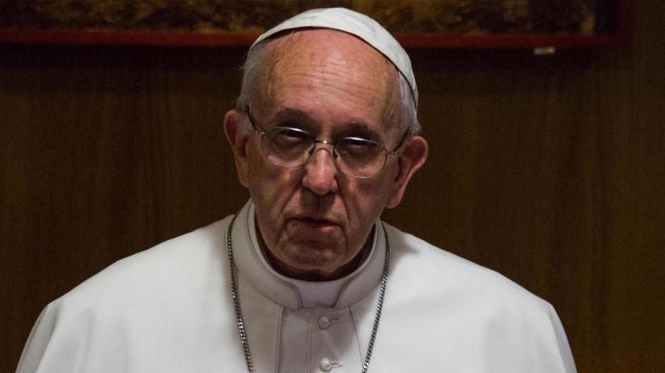 Papa contro l'eutanasia: No a scienza che sopprime chi soffre