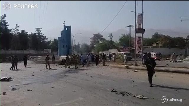 Pakistan: autobomba a Quetta, almeno 7 morti