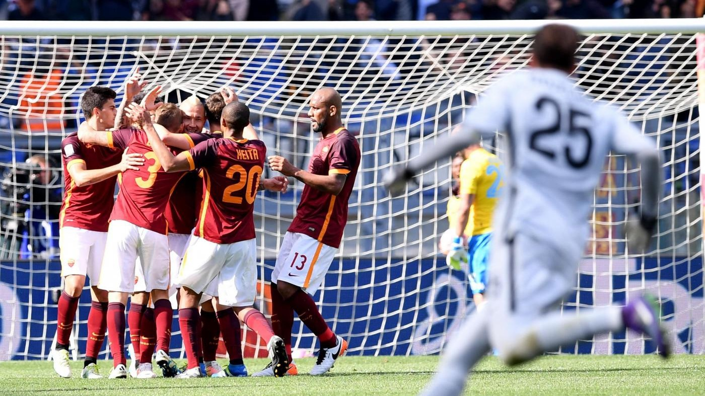 Roma batte Napoli 1-0 e consegna scudetto alla Juve