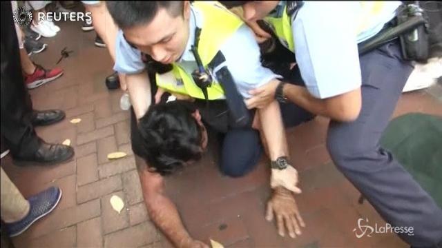 VIDEO Hong Kong, proteste contro il presidente Xi Jinping