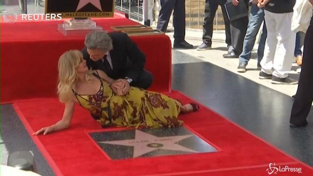 VIDEO Doppia stella su Walk of Fame per Goldie Hawn e Kurt Russel