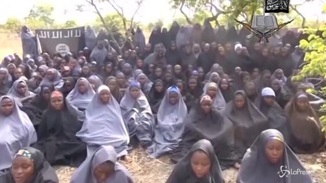 Nigeria, Boko Haram libera 82 studentesse rapite