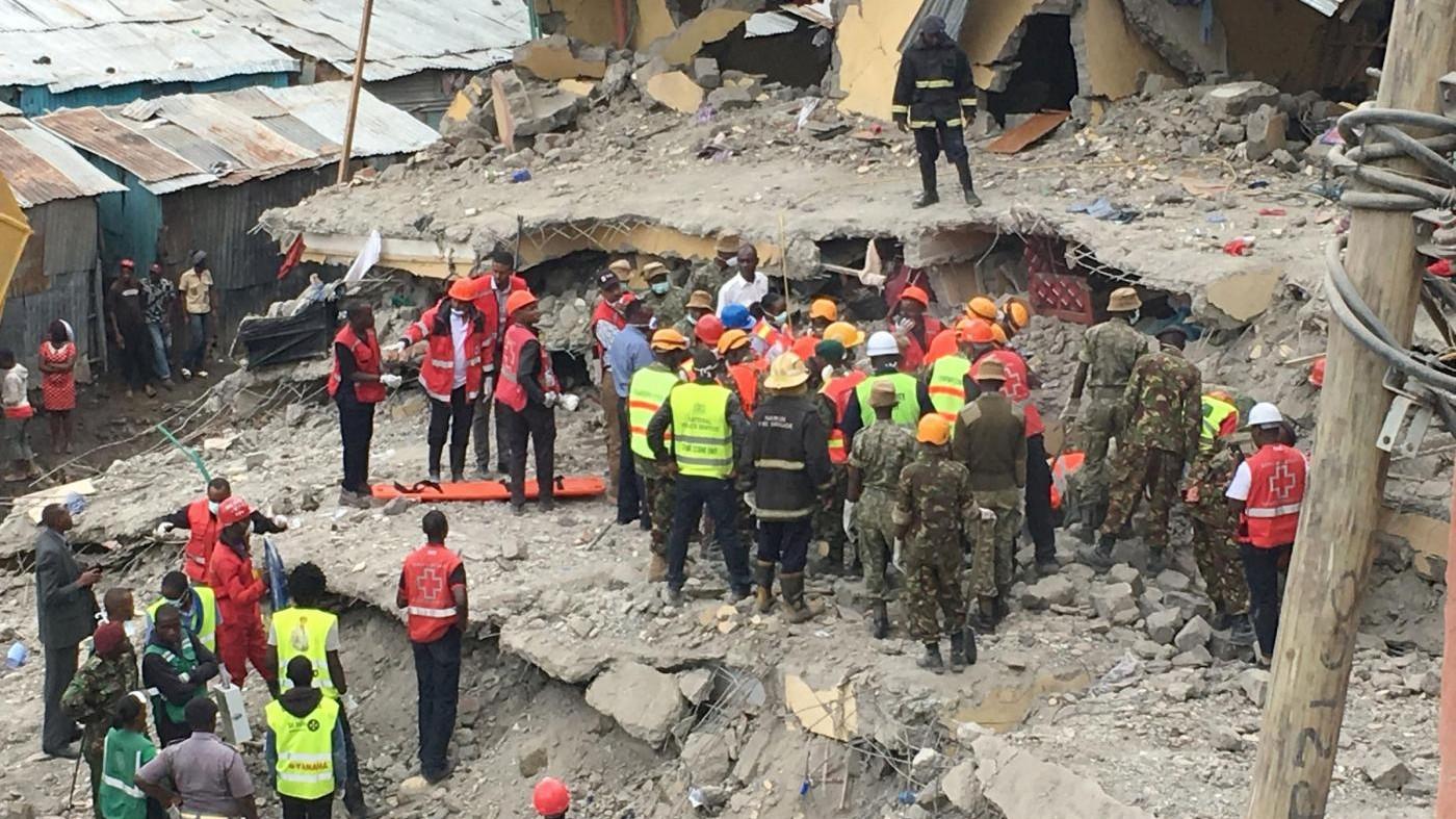 Kenya, crolla palazzo a Nairobi: dopo 6 giorni donna trovata viva