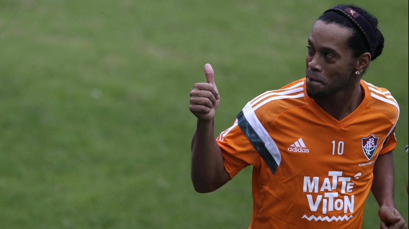 Ronaldinho: Tornerò a giocare nella seconda metà dell'anno