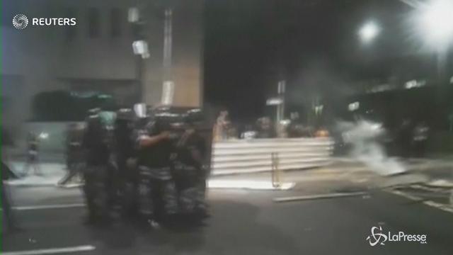 Brasile, protesta contro Temer: violenti scontri a Belem