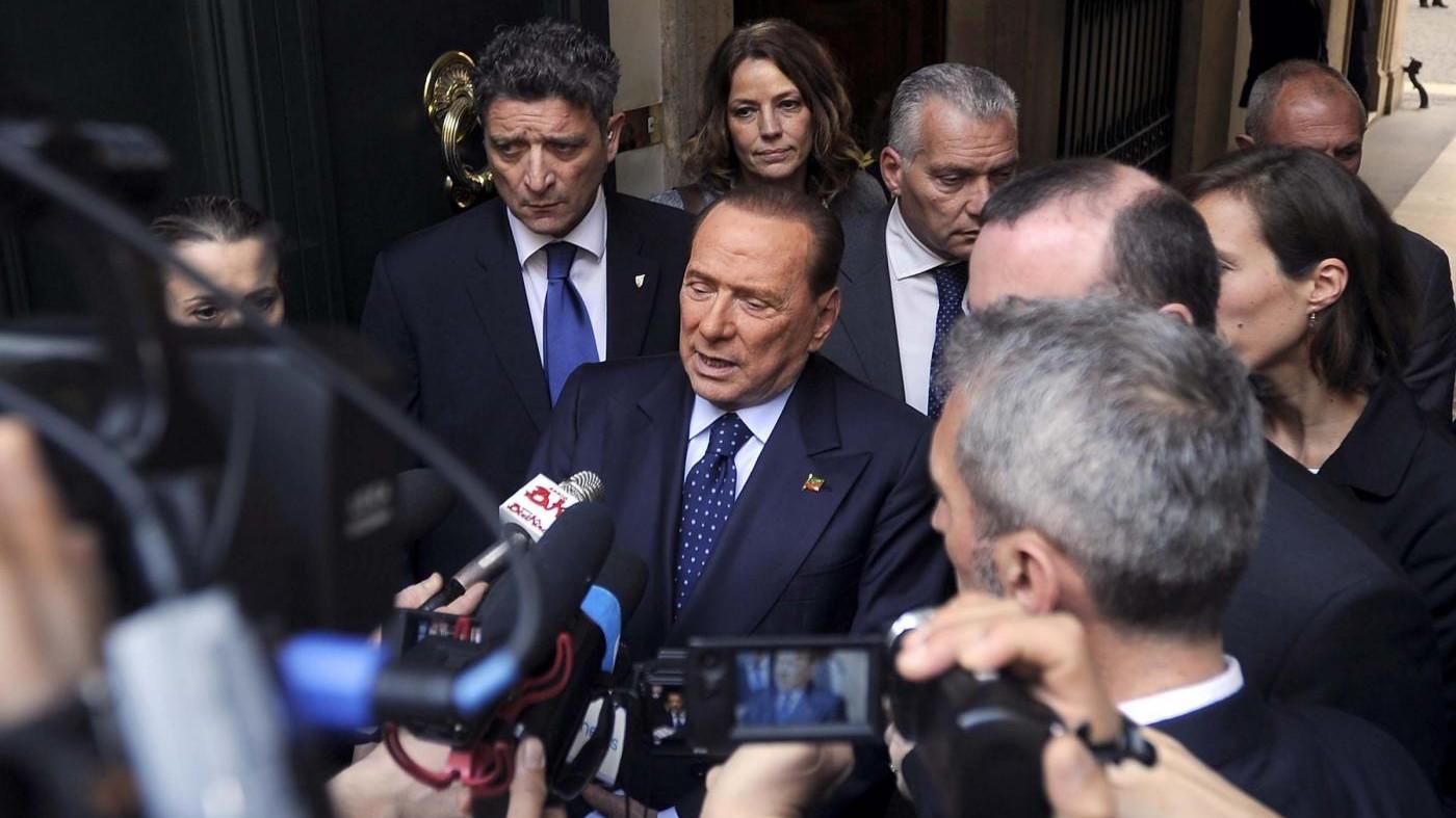 Berlusconi: In Italia democrazia sospesa, sistema di regime