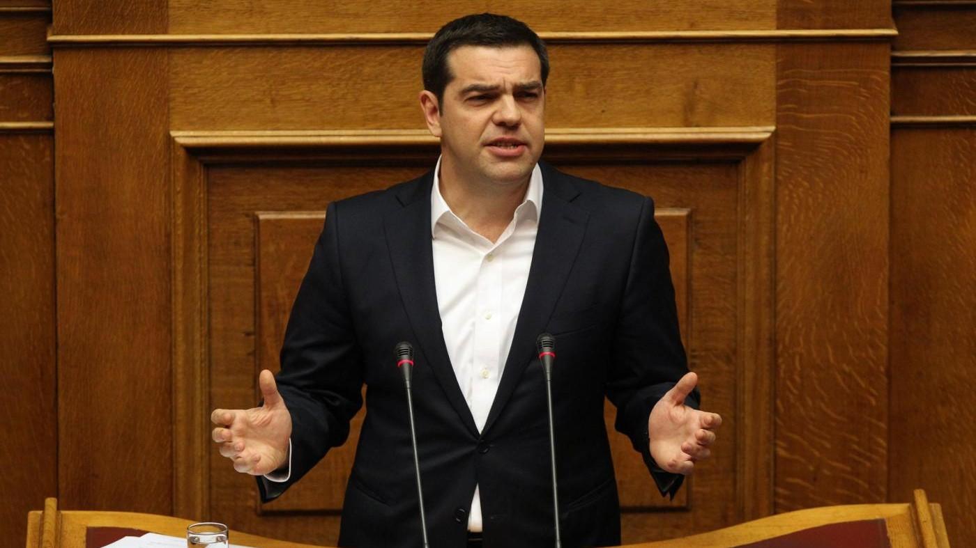 Migranti, ok del Parlamento greco all'accordo Ue-Turchia