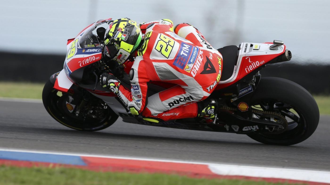 MotoGp, bufera in casa Ducati. Iannone: Mi scuso con Dovizioso