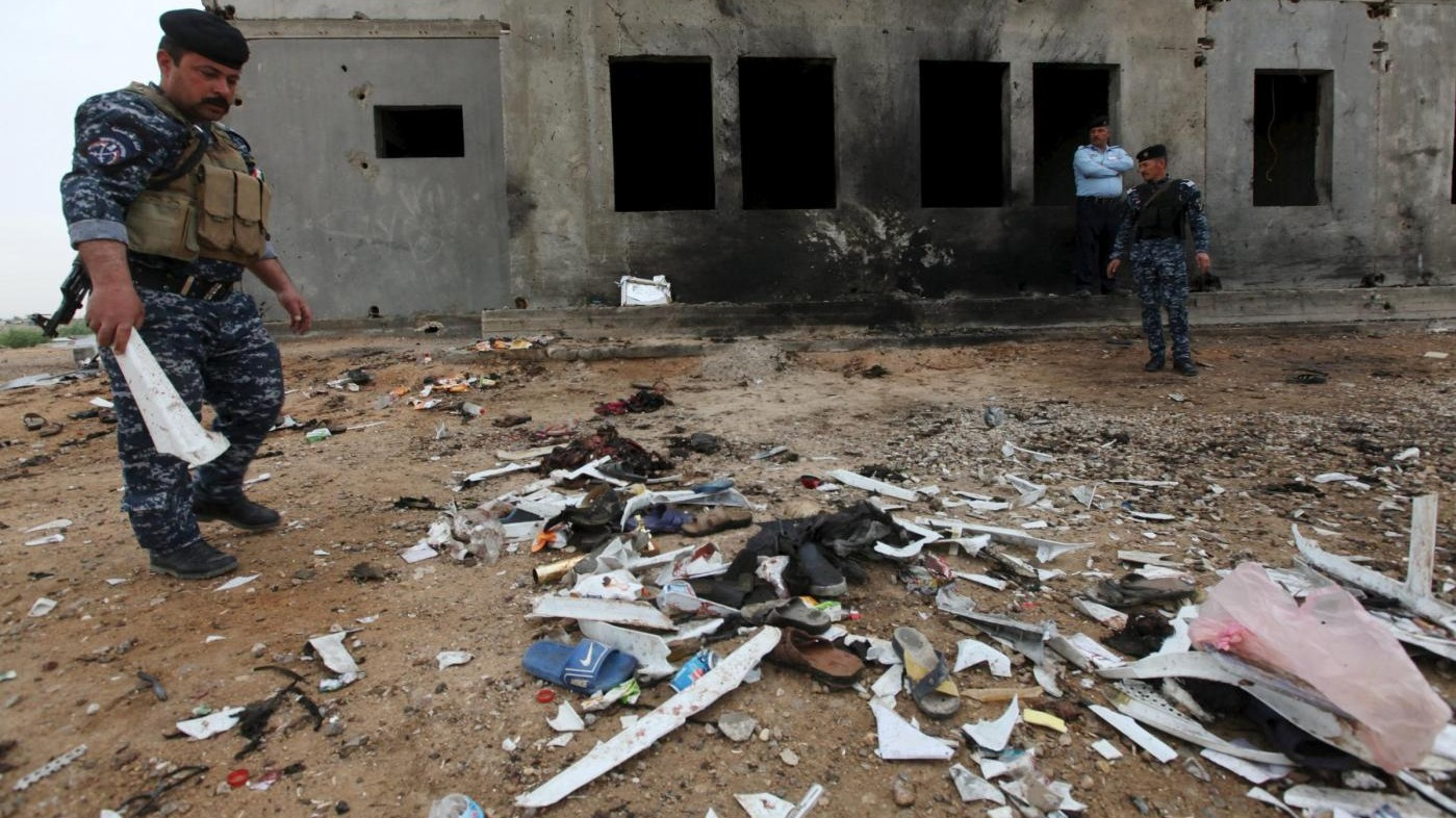 Iraq, almeno 25 morti in attacchi suicidi rivendicati da Isis