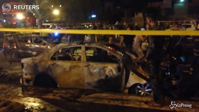 Autobomba al chiosco dei gelati di Baghdad