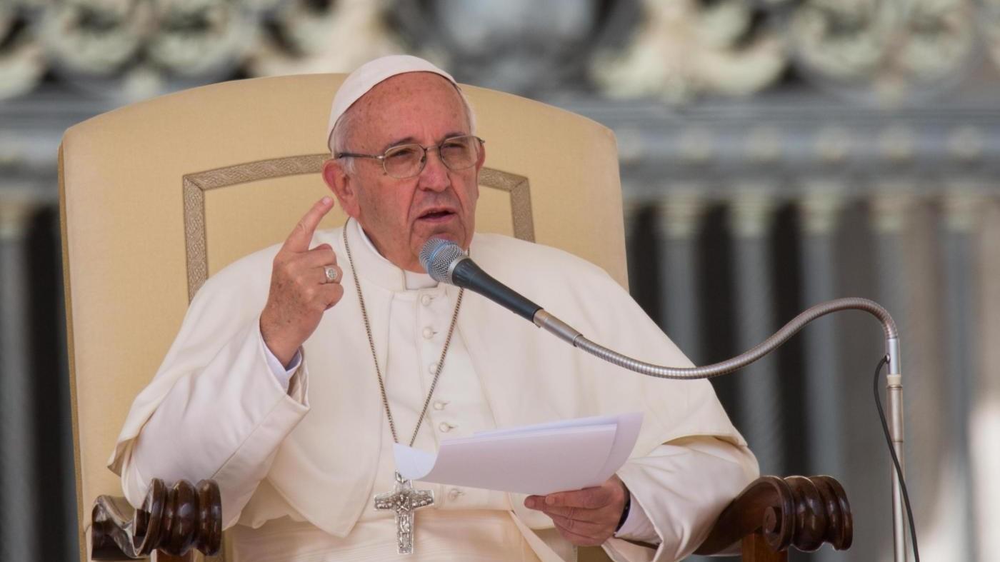 Papa Francesco apre a comunione per divorziati risposati