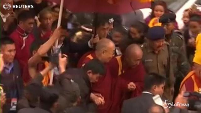 India: l'arrivo del Dalai Lama a Bomdila