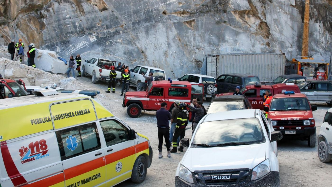 Carrara, frana in cava marmo: trovato corpo di un cavatore