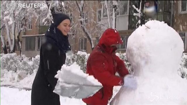 E' primavera inoltrata ma in Ucraina è tornata la neve