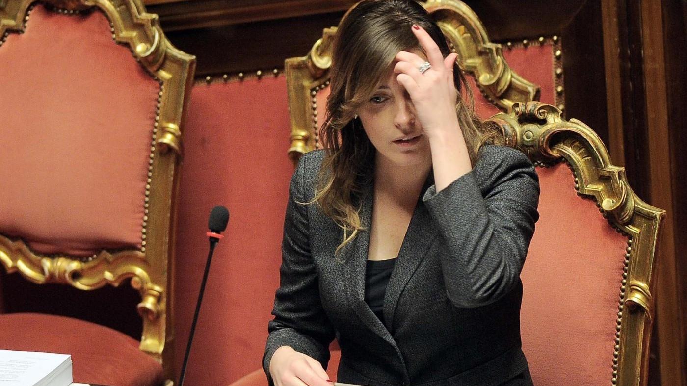 Riforme, consegnate firme per referendum ddl Boschi