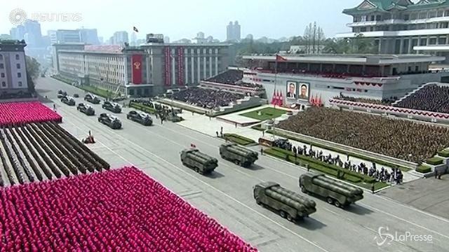"""Washington avverte la Corea del Nord: """"Basta test"""""""