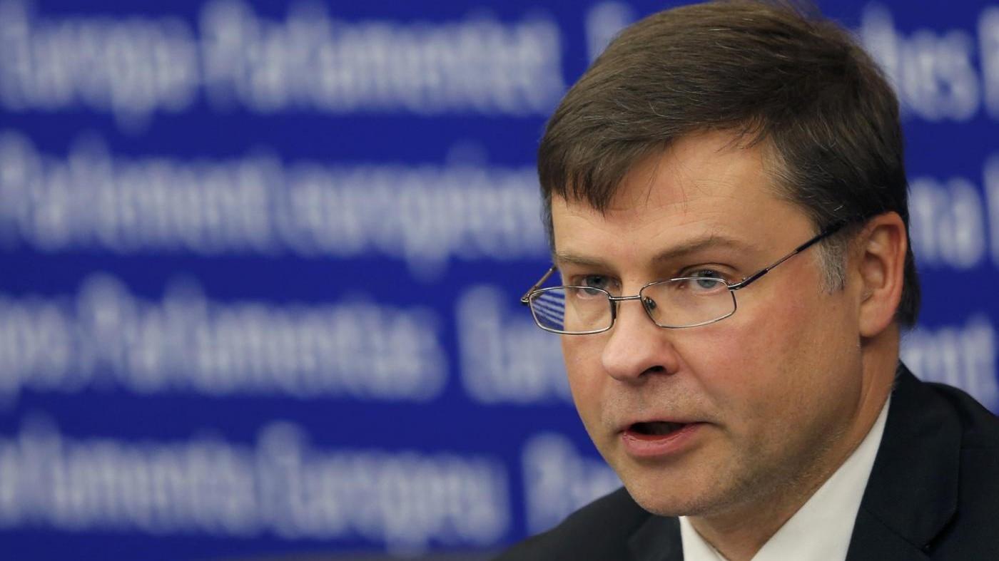 Ue, Dombrovskis: Italia rischia procedura se riforme non ambiziose