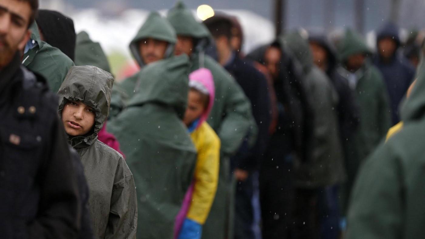 Migranti, anche la Macedonia chiude i confini a 'illegali'