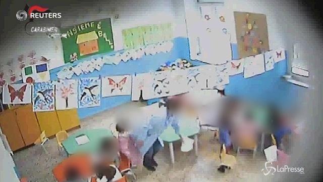 Crotone: botte e minacce ai bambini, sospese due maestre d'asilo