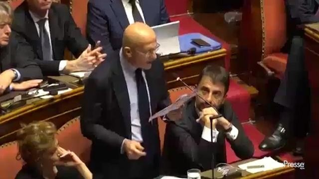 VIDEO Il senatore Minzolini si dimette: Io persona seria