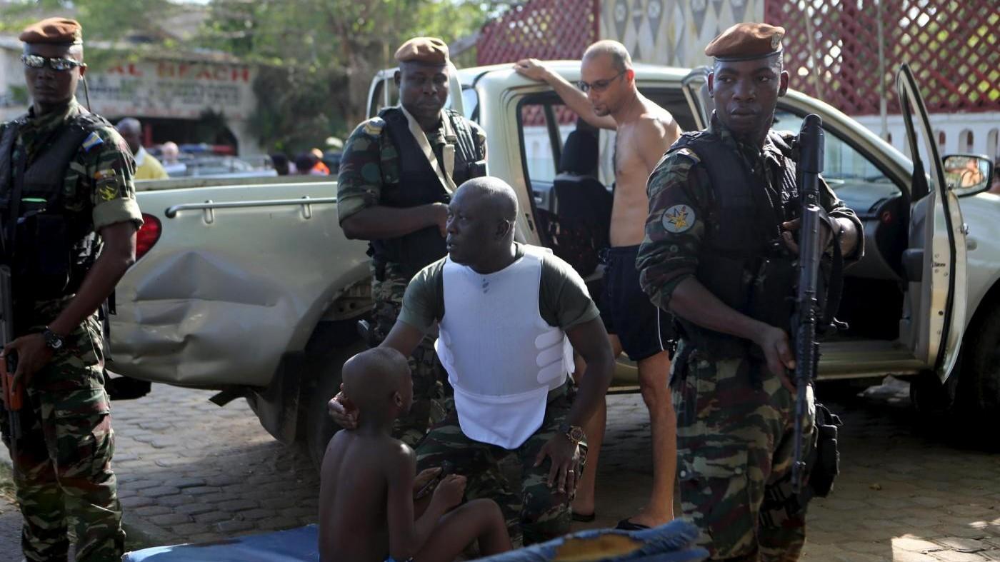 Costa d'Avorio, attacco a resort turisti: 16 morti, 4 europei