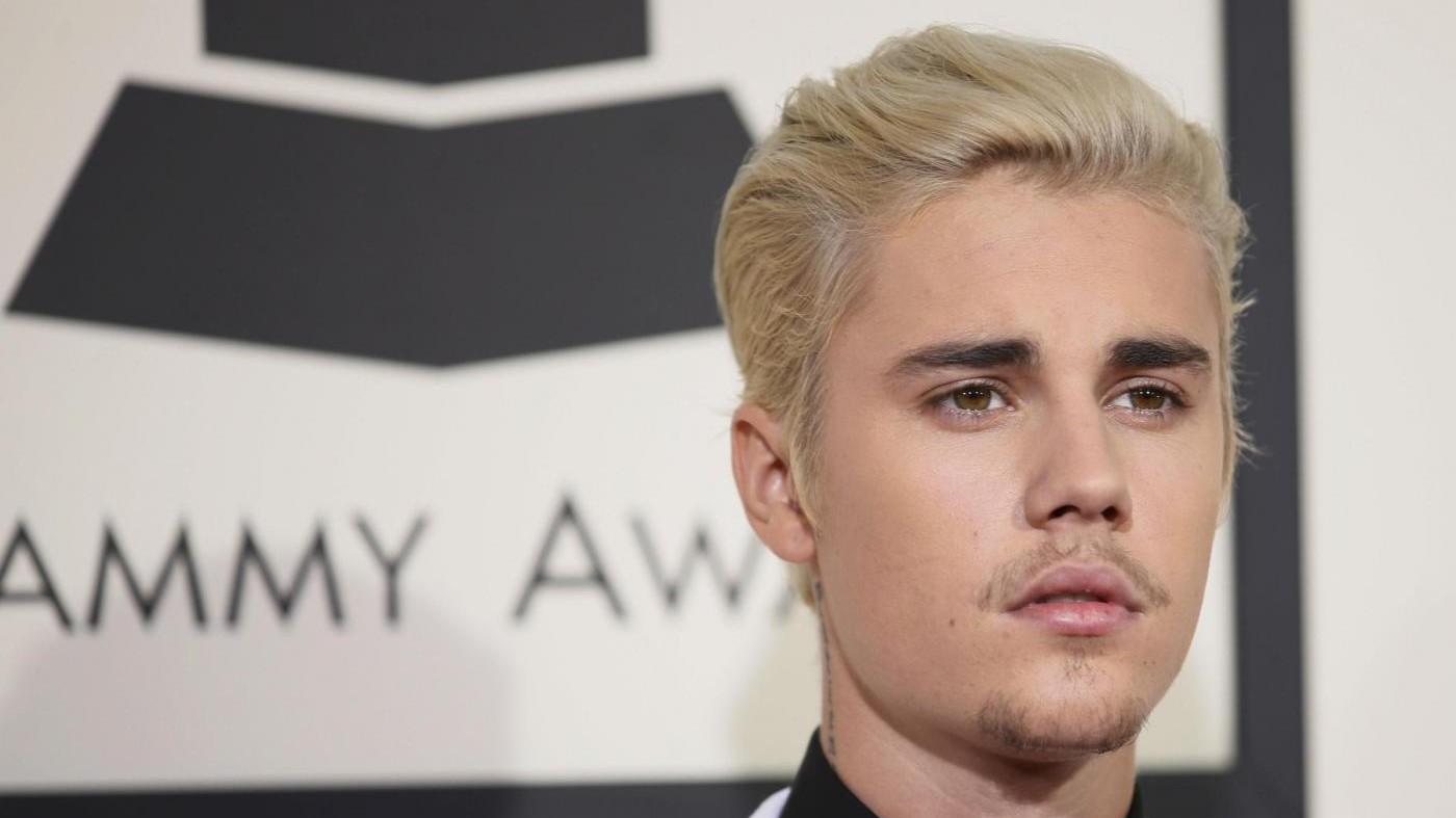 Justin Bieber depresso? Cancella incontri con i fan: Troppa pressione