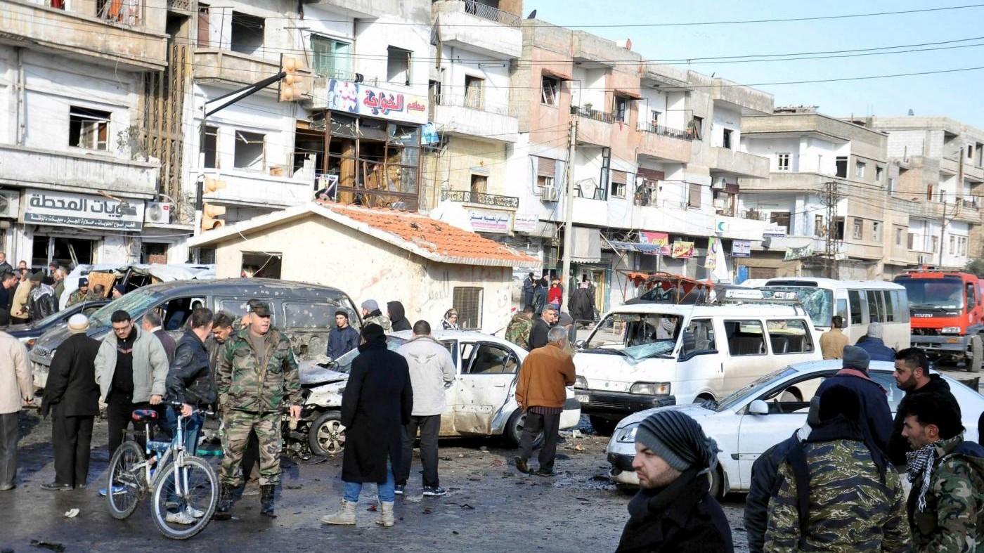 Siria, media Stato: Almeno 140 morti in attacchi Damasco e Homs