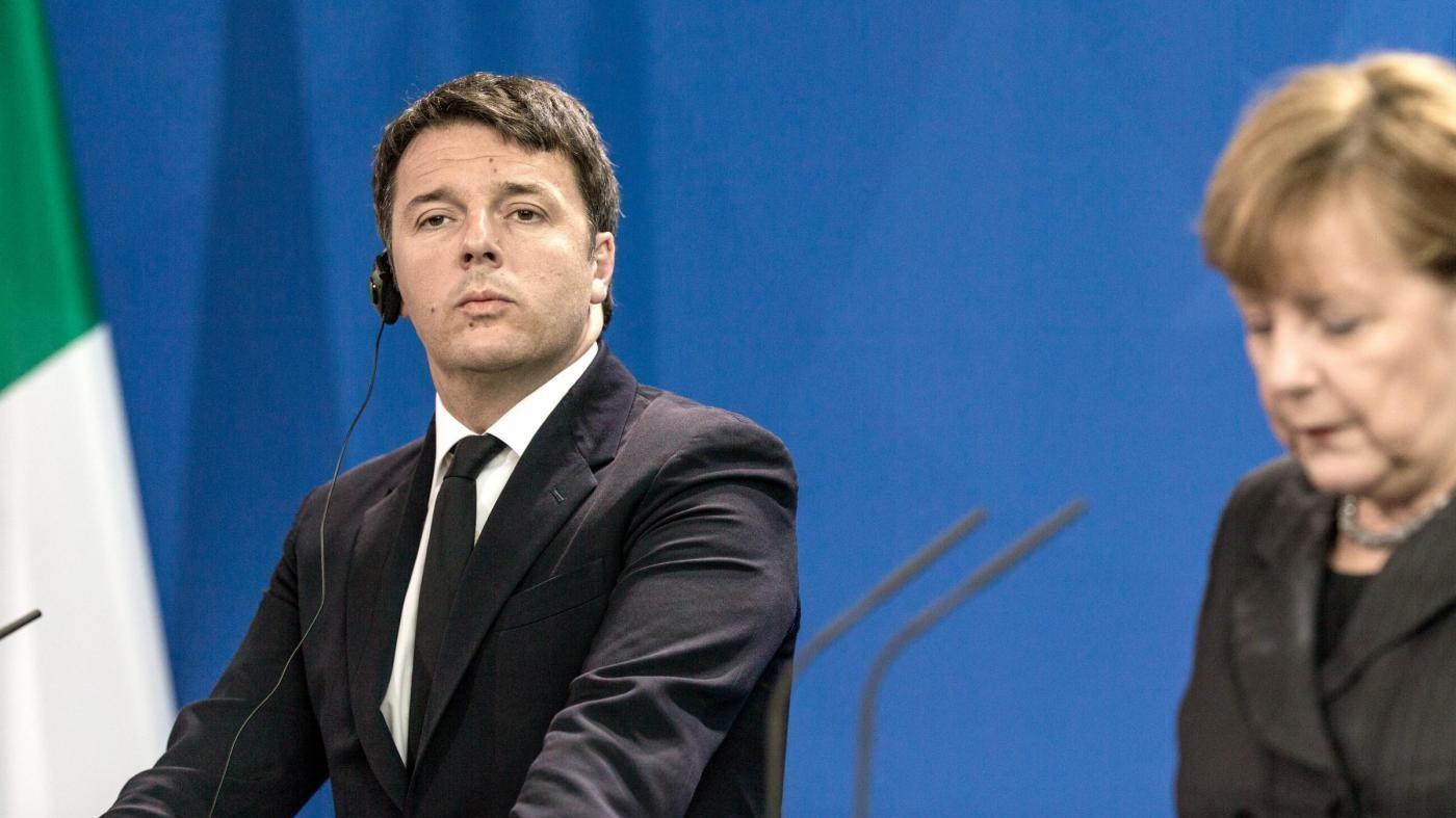 Ue, Renzi insiste: Basta lezioncine. Ma il Ppe lo stoppa