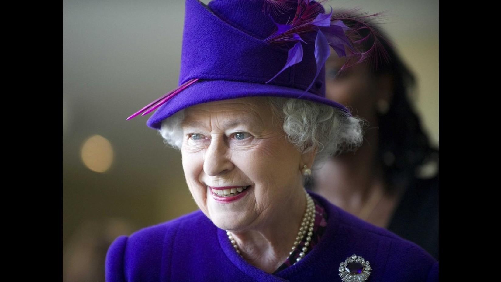 Regno Unito,da contribuenti 32,1 mln sterline per monarchia in un anno