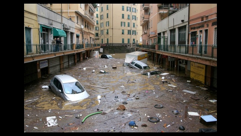 Maltempo, Genova in ginocchio