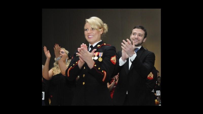 Justin Timberlake è di parola: va al ballo dei Marines come promesso