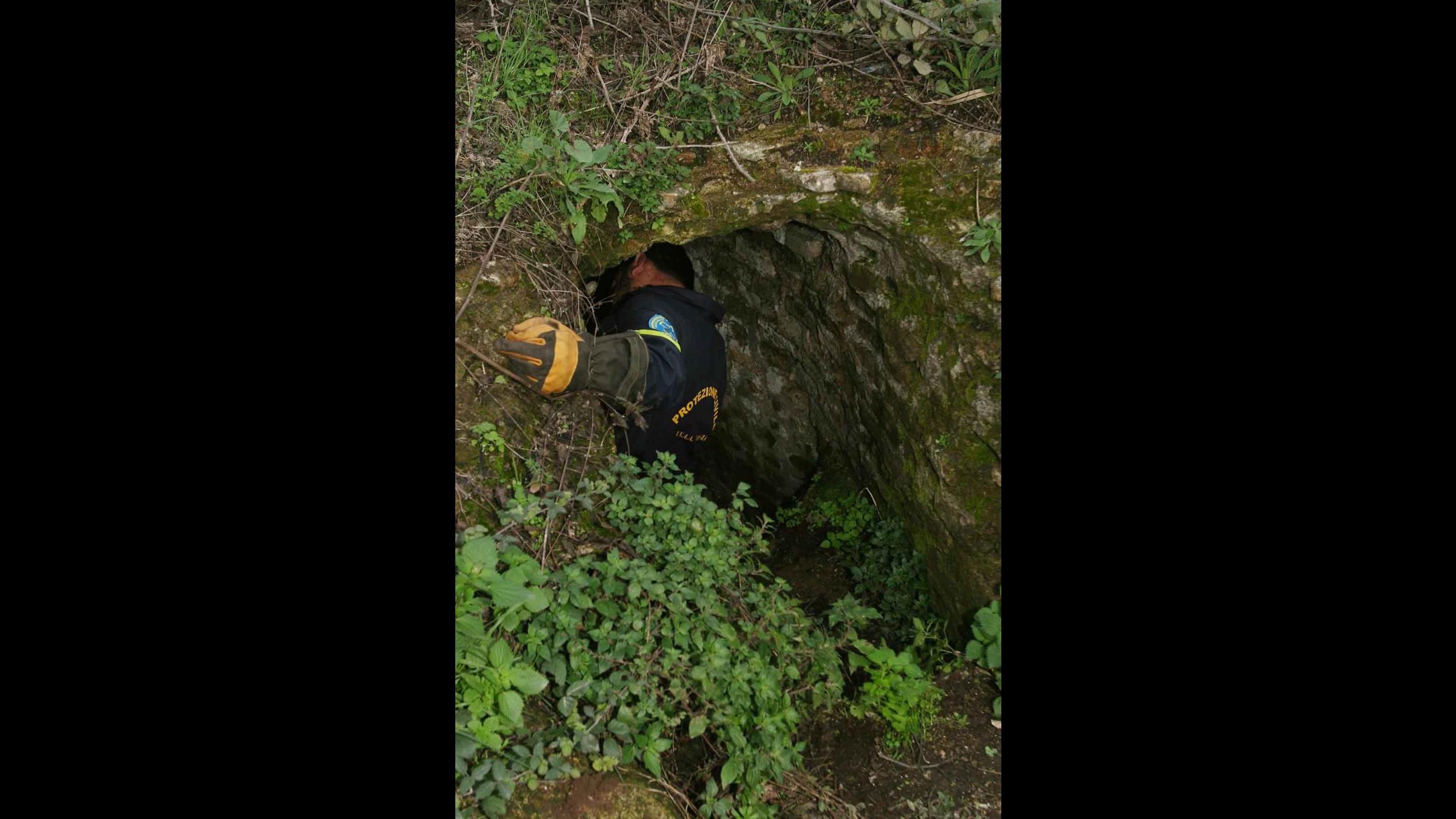 Brescia, speleologa ferita a gamba resta bloccata in grotta