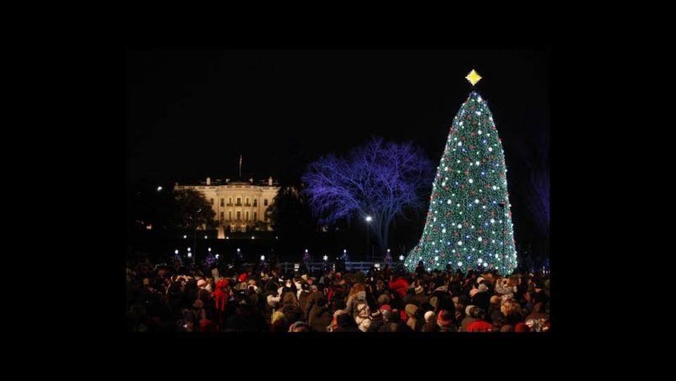 Immagini Natale Usa.Usa Black Eyed Peas Aiuteranno Obama Ad Accendere Luci Albero Natale