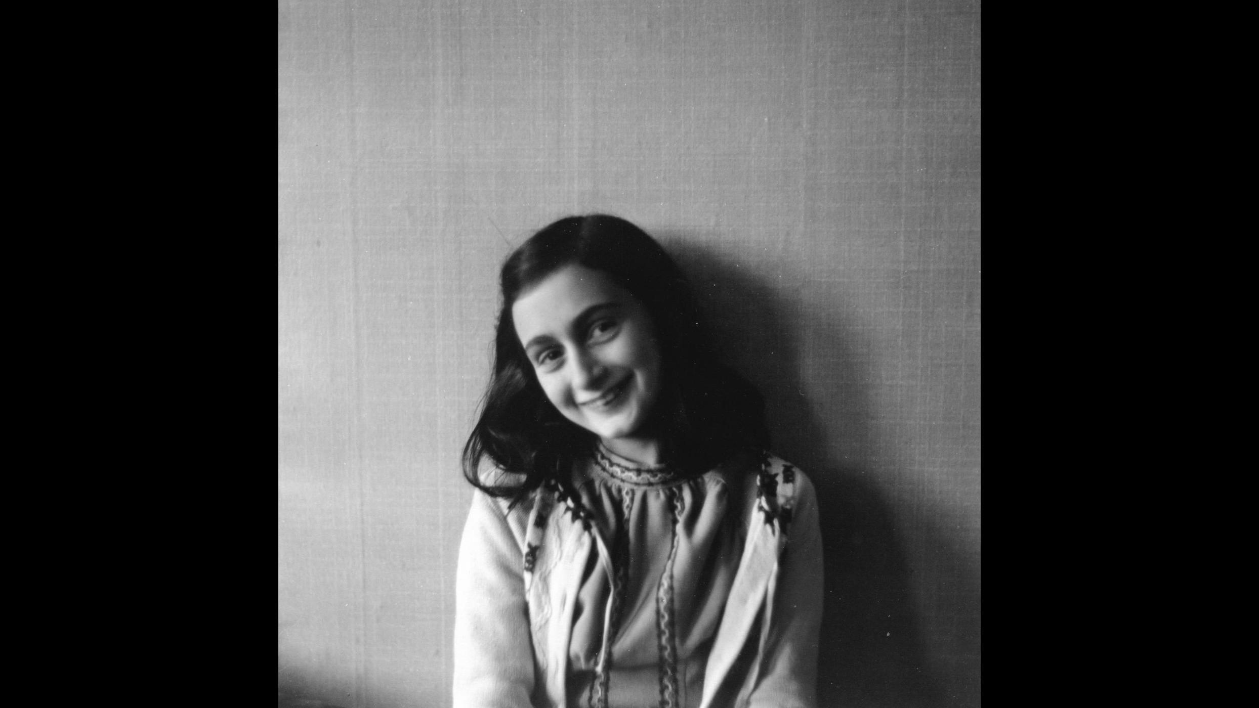 Apre per un giorno casa di Anna Frank prima di fuga in nascondiglio