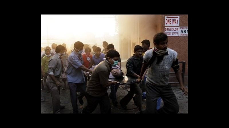 Rogo in ospedale Calcutta: 89 morti, 6 arresti per omicidio colposo
