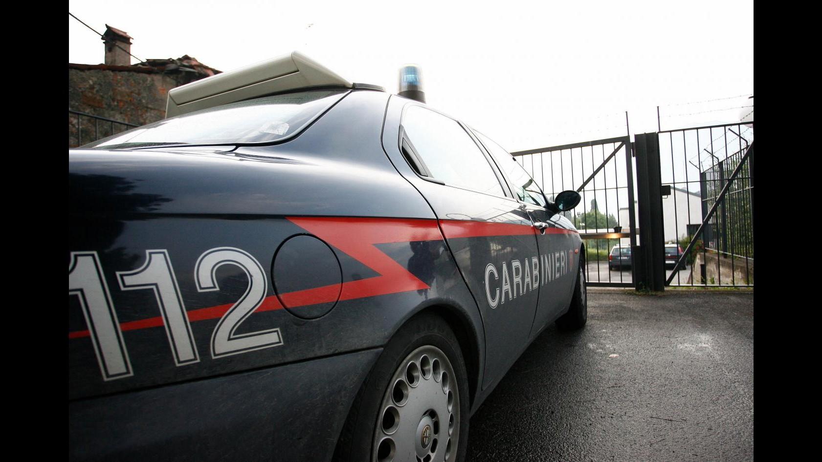 Trovati due cadaveri in casa a Genova: una donna e un ragazzo