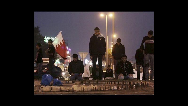 Bahrain, lacrimogeni e proiettili di gomma contro manifestanti