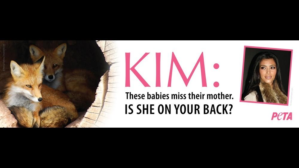 Kim Kardashian attaccata dalla Peta per l'uso abituale di pellicce