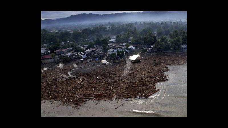 Filippine, quasi mille le vittime della tempesta tropicale Washi