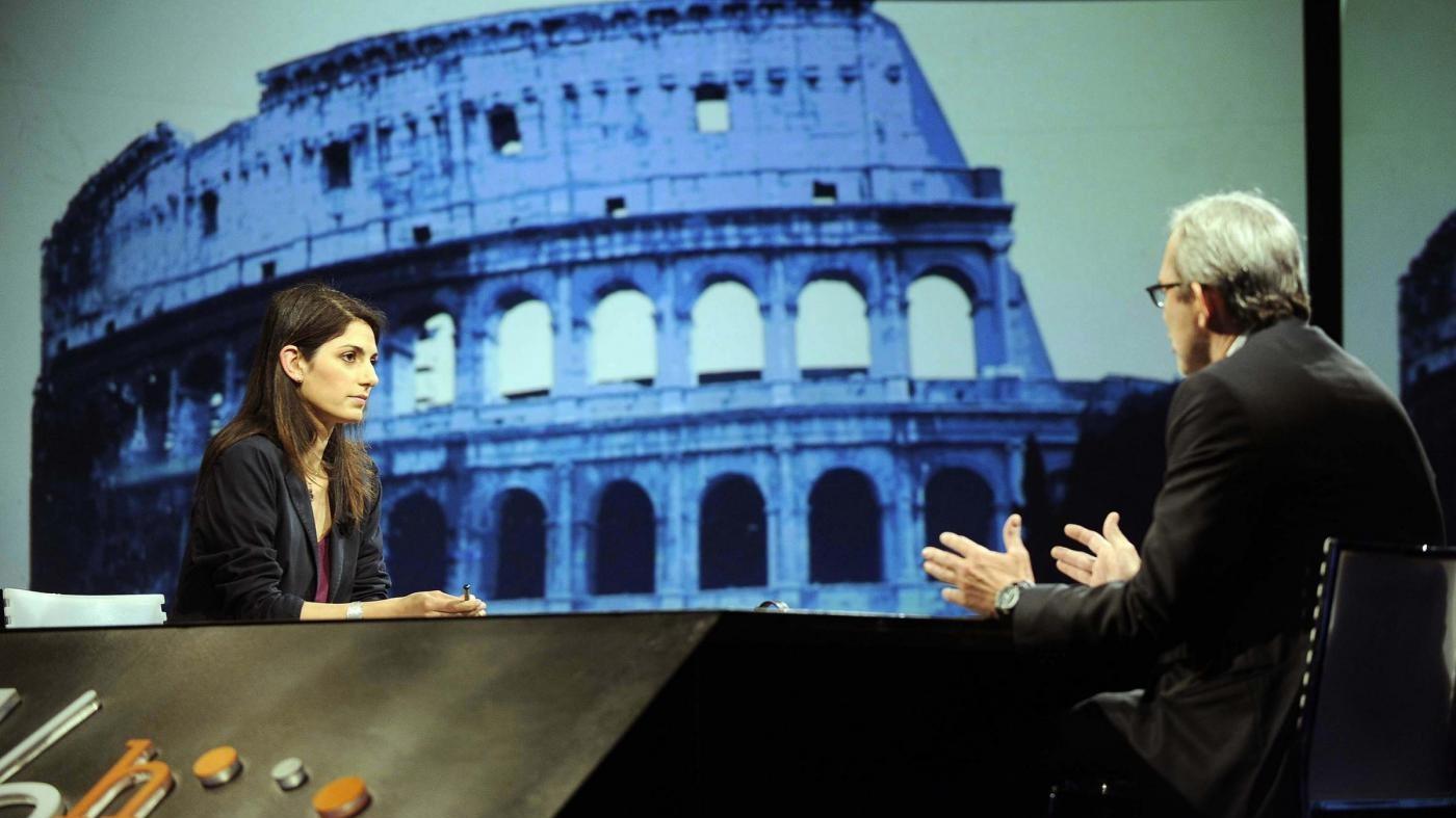 Comunali Roma, 'fango' sulla sfida: scontro Raggi-Giachetti