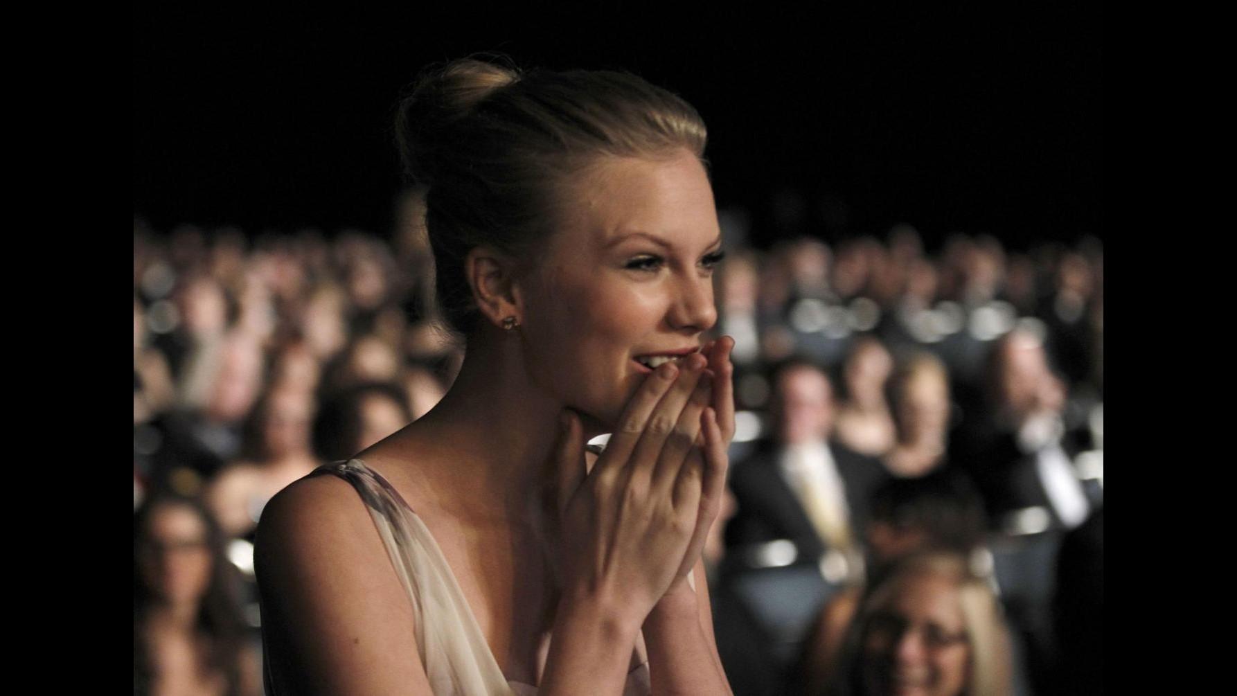 Taylor Swift: San Valentino? Ho fatto una patetica festa per single