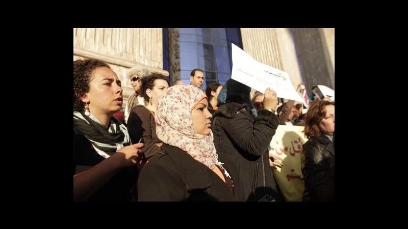 Egitto, tribunale militare assolve medico accusato per test verginità